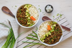 Korean Beef Cauliflower Rice Bowls (Paleo, AIP, Whole 30) 1