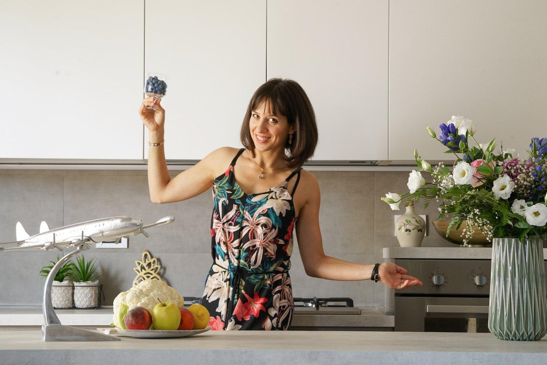 Ambra Torelli making AIP Italian Food