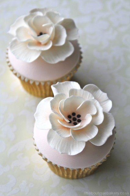 Ivory and peach cupcakes