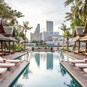 Peninsula Bangkok best family hotel in Bangkok