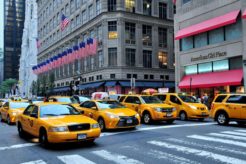 New york taxis how to get around new york