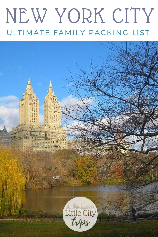 Travelling to New York City? City travel experts Little City Trips talk you through all the most important items you need to pack for New York City. Print off our New York City packing list for your next city trip.