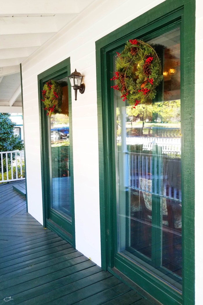 Decking Your Office For The Holidays Little Dove Blog