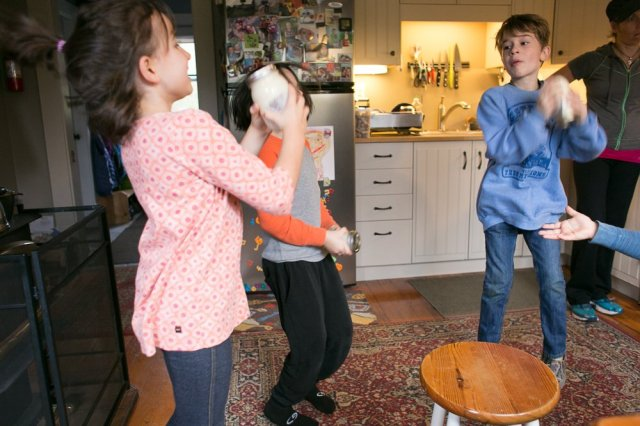 How to make butter during our PNW homeschool adventures!