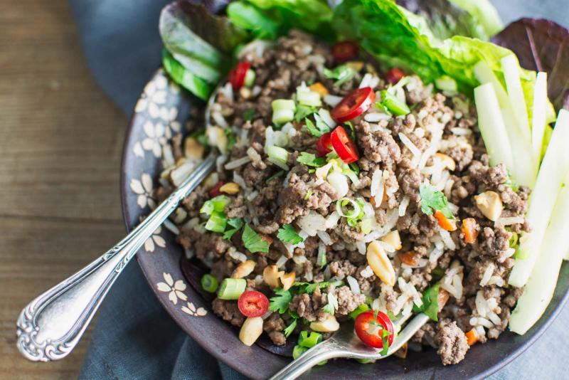 Enjoy this easy to make, Asian Inspired Ginger Beef Salad Bowl! Recipe @LittleFiggyFood