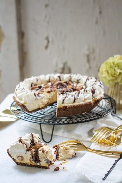 Entertain last minute guests for the holidays with Edwards Desserts