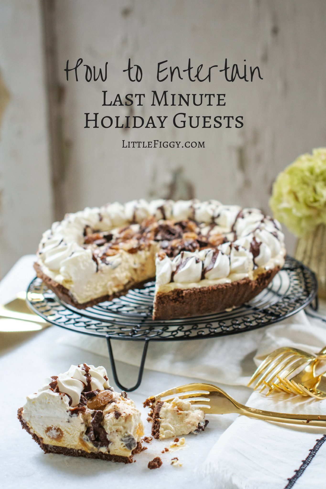 Entertain last minute holiday guests with @EdwardsDesserts! Learn more at Little Figgy Food.  #BringTheSweet #Edwards_Desserts #ad