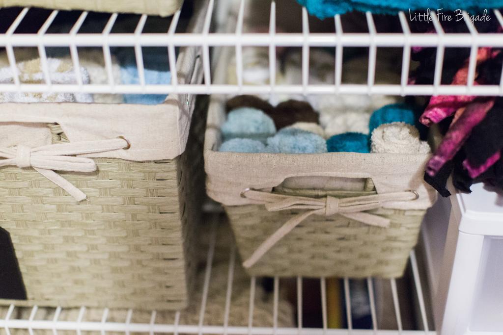 organizing_ideas_linen_closet_5