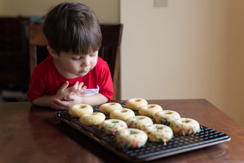 glazed-mini-donuts-recipe-14