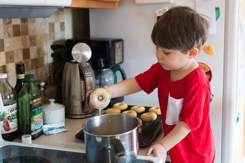 glazed-mini-donuts-recipe-8