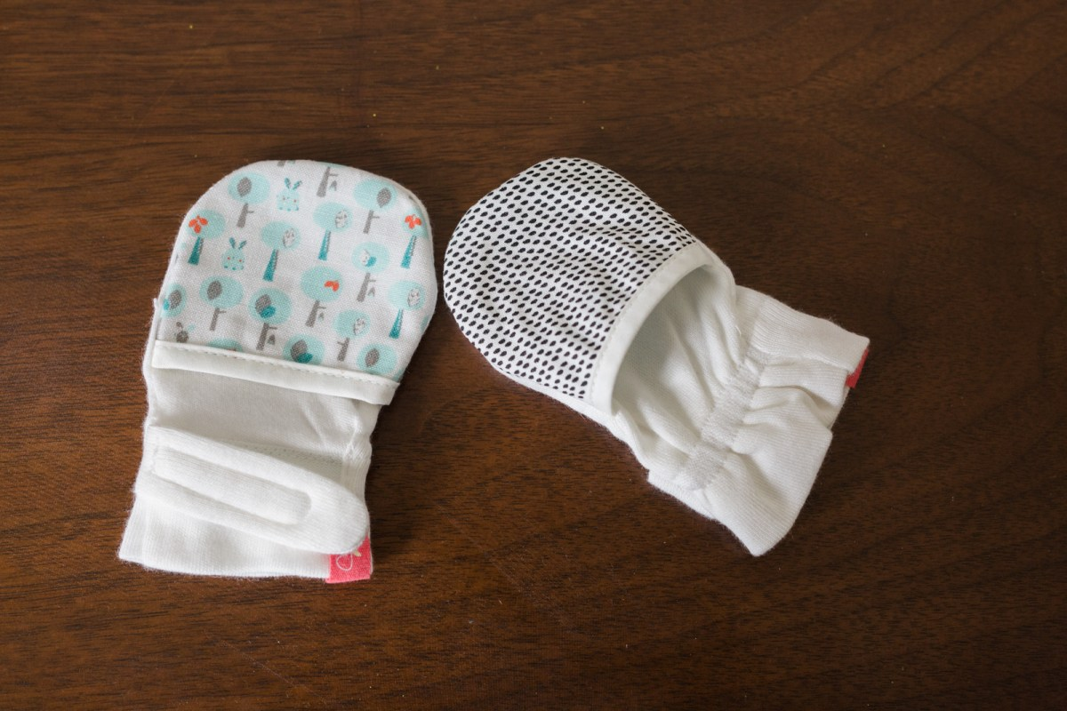 goumikids-baby-mitts-review-4