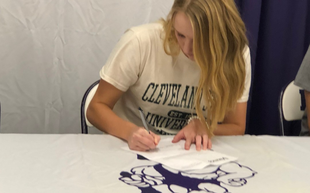 McKennah Fitzgerald signs to continue swimming career at Cleveland State