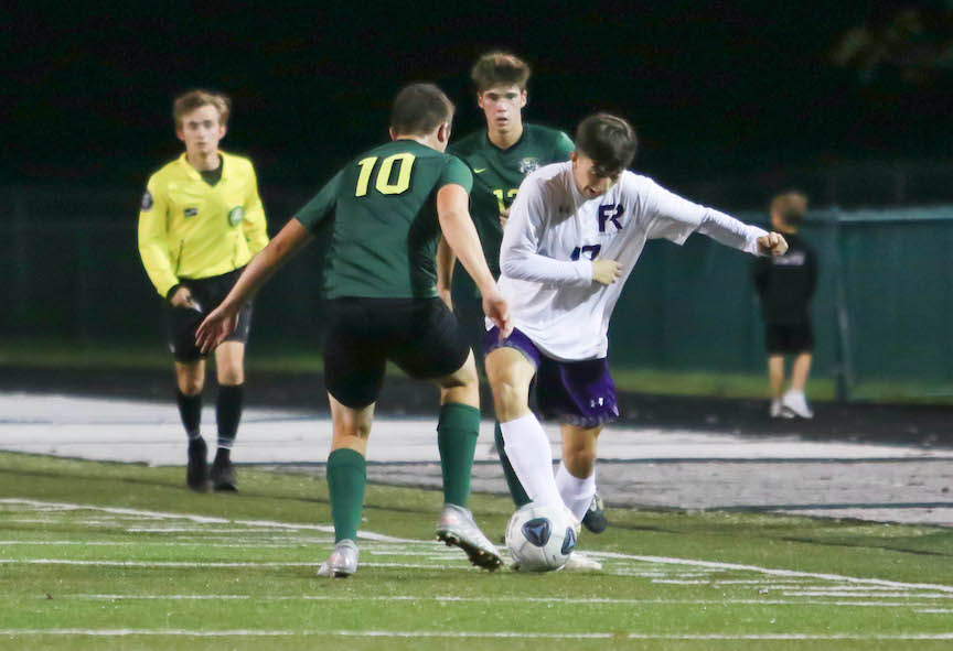 Little Giants Fall 4-2 to Oregon Clay