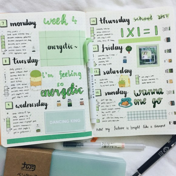 A colorful and neat weekly spread for a bullet journal. Love this idea.