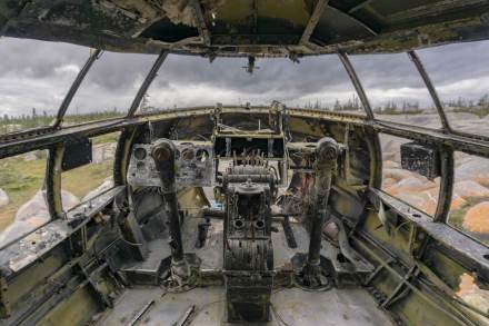 Miss-Piggy-plane-cockpit-Churchill-Manitoba (1 of 1)