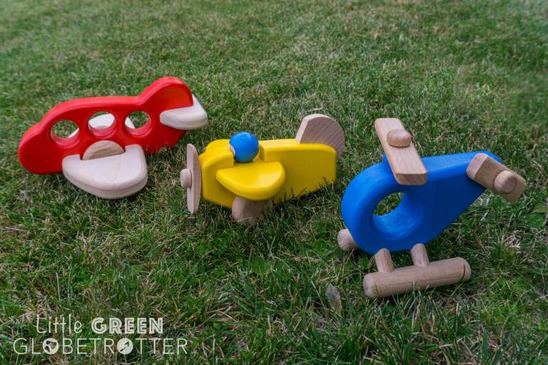 Bajo-aeroplane-airplane-helicopter-sustainable-eco-toys