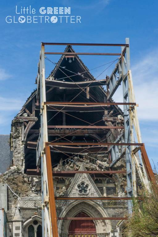 Christchurch-Cathedral-ruins-New-Zealand