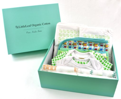 Luxury gift box with ethical and sustainable baby clothes in 100% organic cotton by LittleLEaf