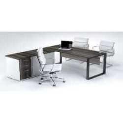 Managerial Cluster Desk – Roller Door Pedenza