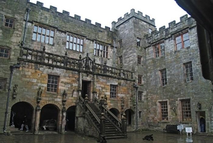 chillingham-castle-2