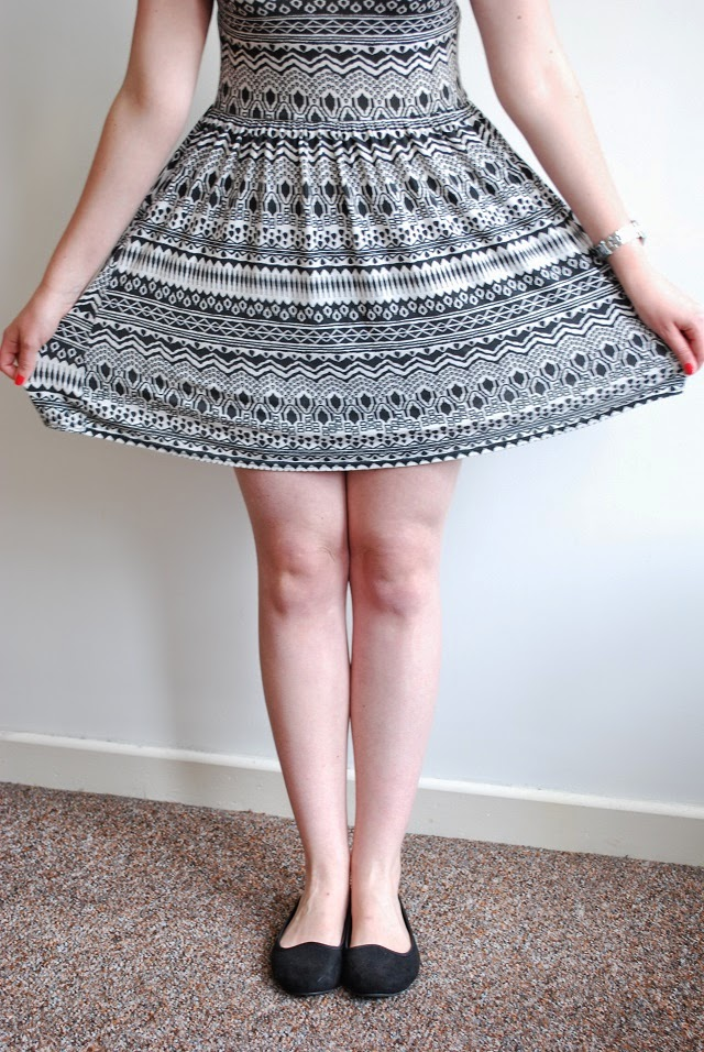 Little Miss Katy OOTD close-up of monochrome aztec dress and shoes