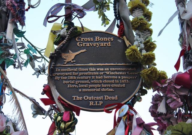 Cross Bones Graveyard plaque