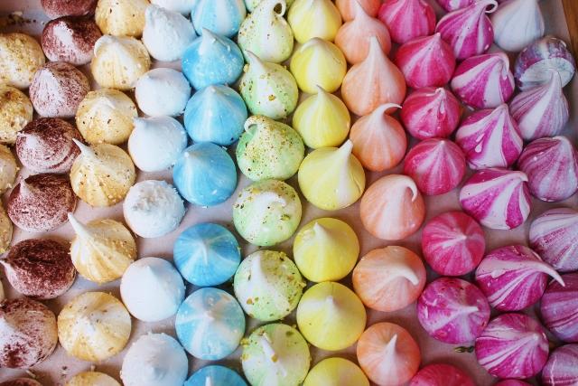 The Meringue Girls mini meringues rainbow assortment