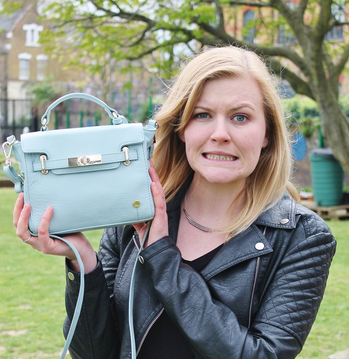 Style Challenge: The Teeny Tiny Handbag