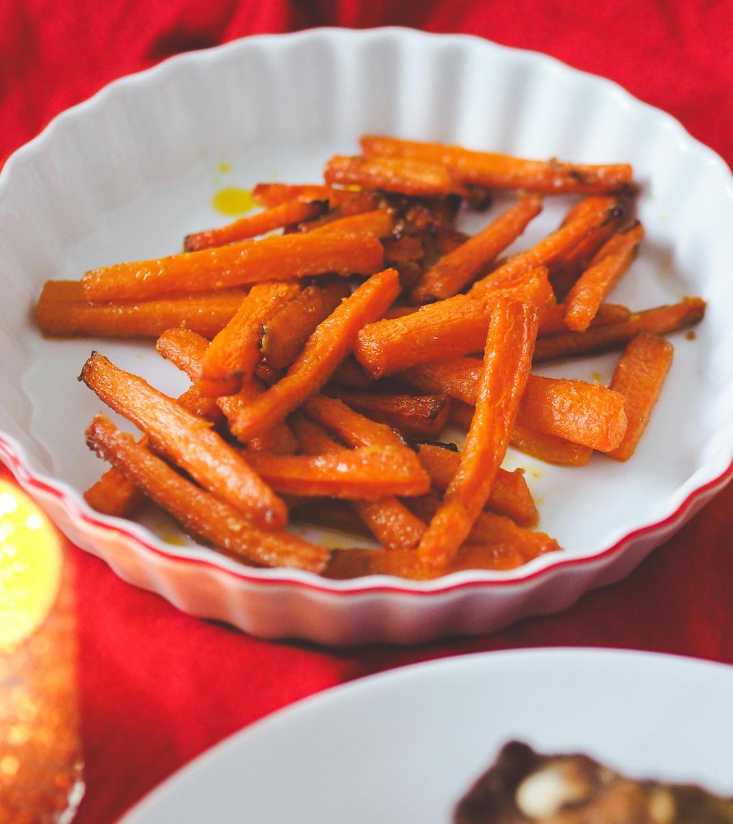 maple mustard roasted carrots