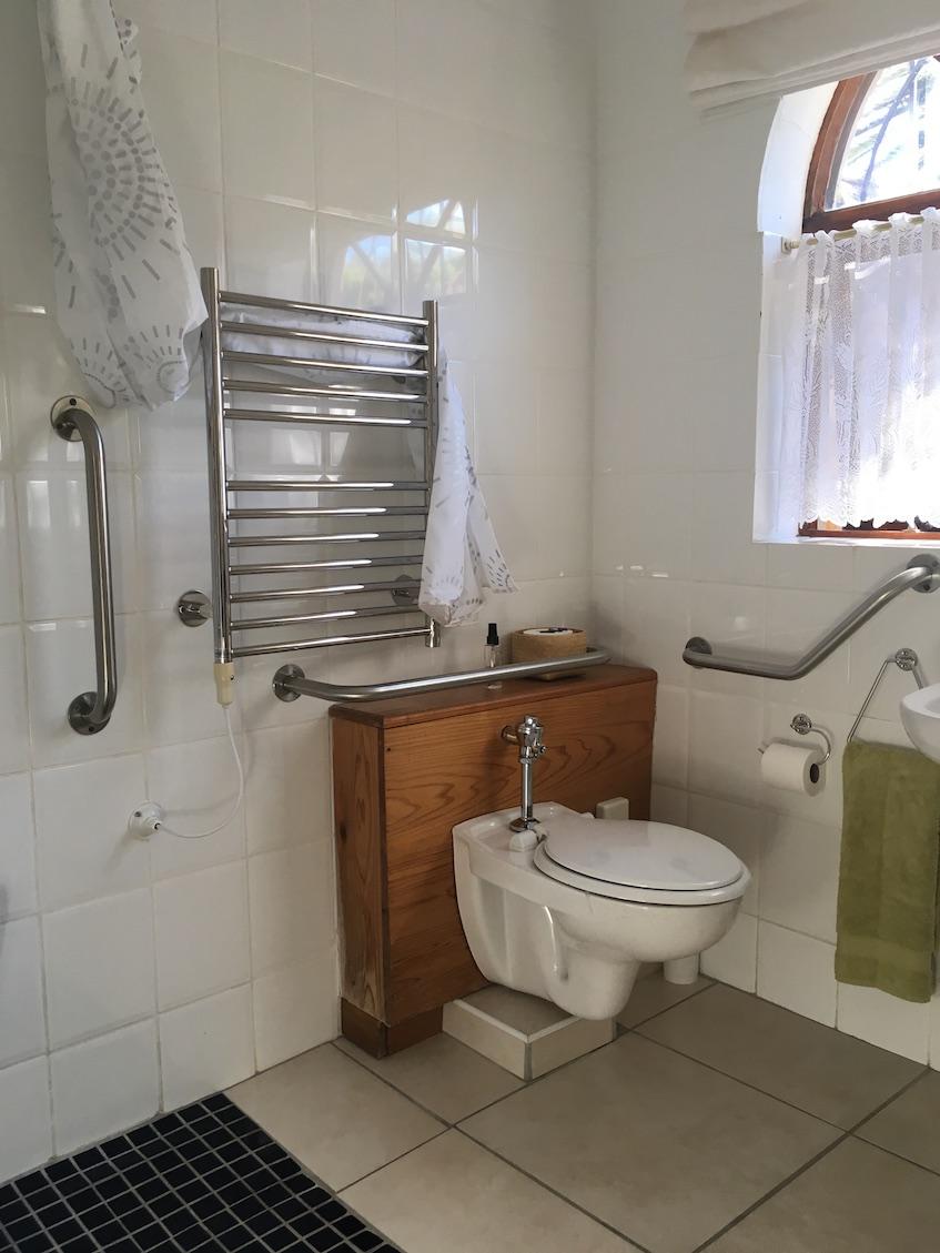 Wheelchair accessible bathroom - A Tuscan Villa
