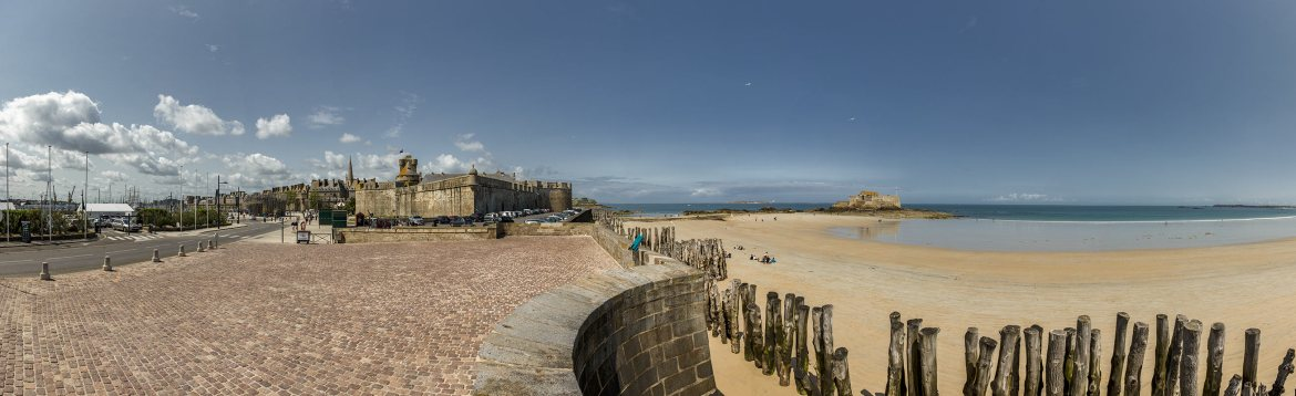 Panorama Chateau de Saint Malo | Little Miss Turtle | Wheelchair Travel Blog