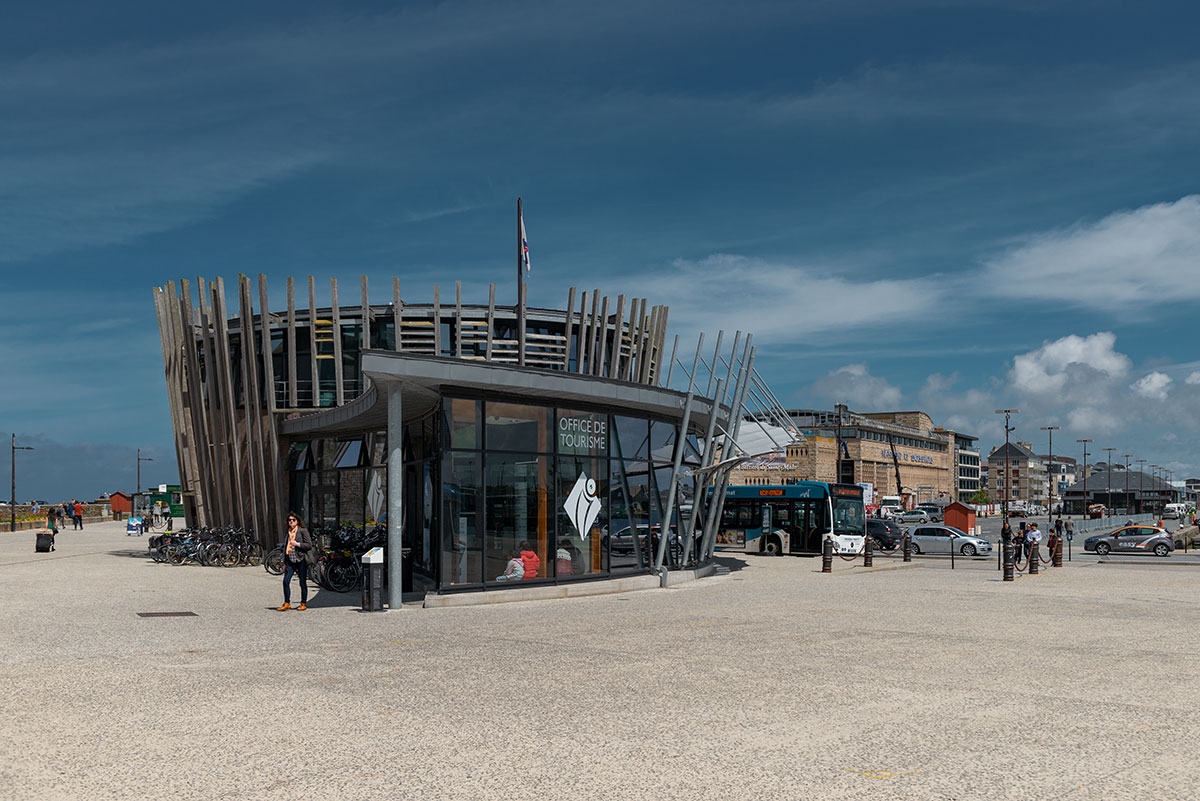 Tourist Office St Malo | Little Miss Turtle | Wheelchair Travel Blog