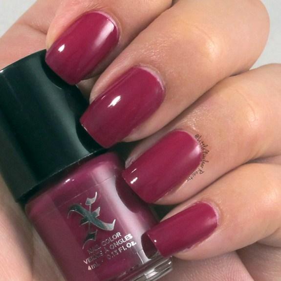 Formual X nail polish swatch in BAUHAU5