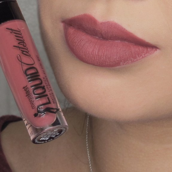 Megalast Liquid Catsuit lipstick in Give Me Mocha lip swatch