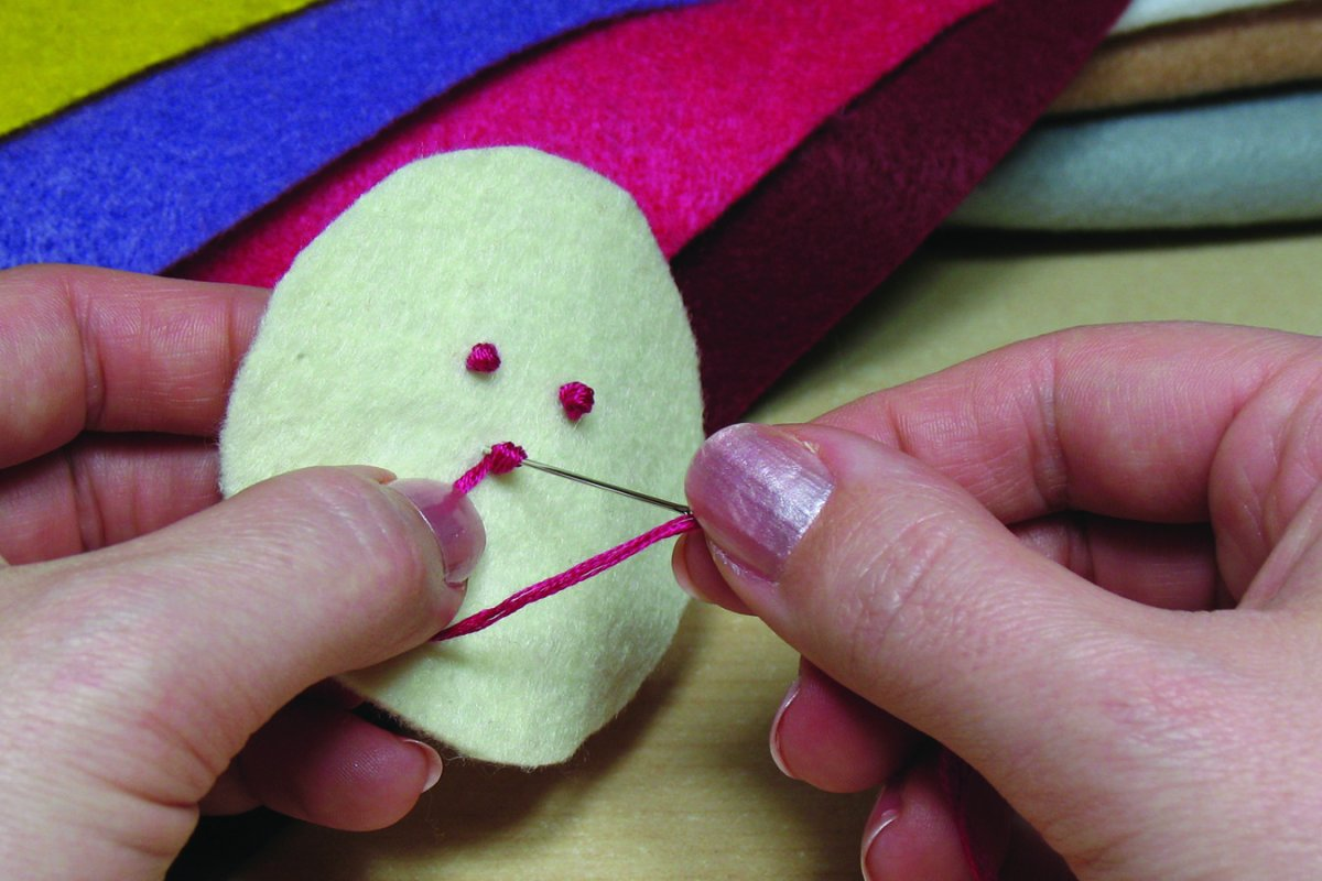making a French knot