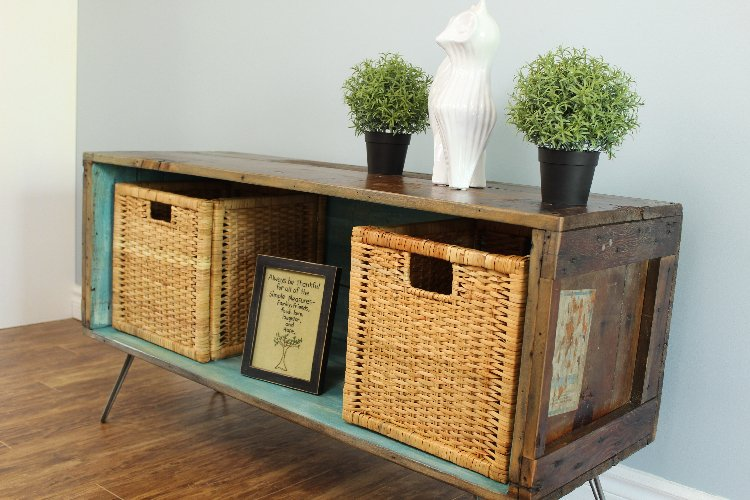console with baskets