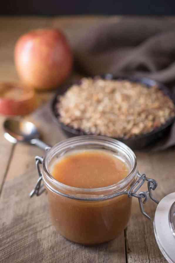 Apple-spiced-caramel-sauce-3