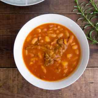 Middle Eastern White Beans with Meat