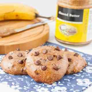 Flourless Almond Butter Banana Cookies
