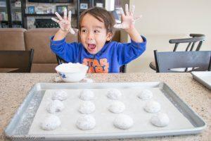chocolate-crinkle-cookies-1