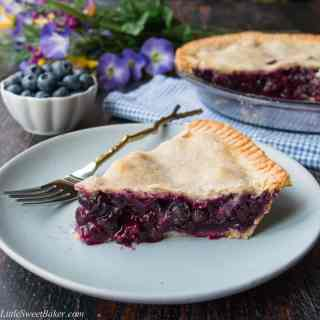 Homemade Blueberry Pie (video)