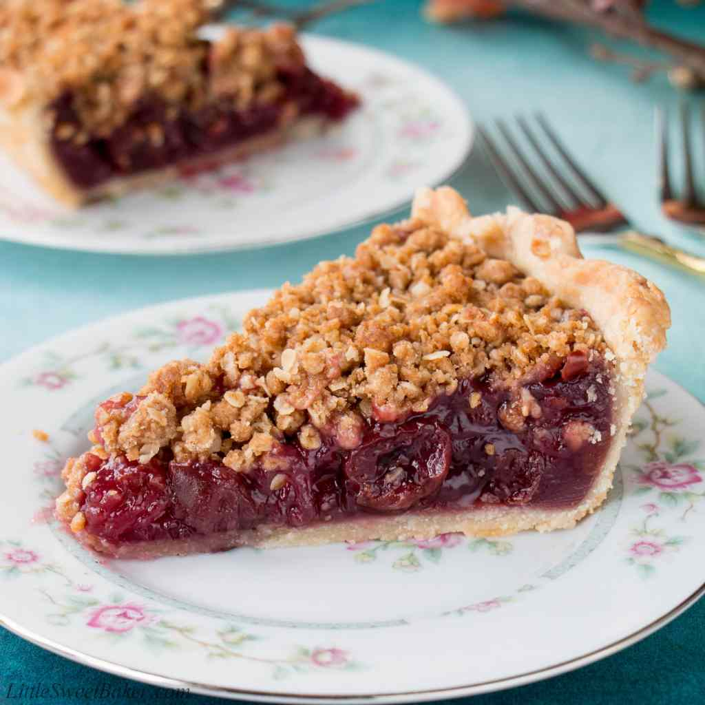 Enjoy this fabulous cherry pie all year round by using fresh, frozen or even jarred cherries with this easy and adaptable recipe. It's the best homemade cherry pie filling topped with a crunchy streusel topping and wrapped in a flaky pie crust. Cherry pie   sour cherry pie   best cherry pie   easy cherry pie   fresh cherry pie   cherry pie using frozen cherries