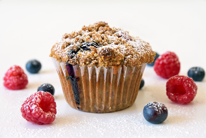 mixed berry streusel muffins bottom