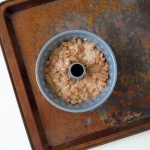 Maple Glazed Cinnamon Pecans Mini Cakes