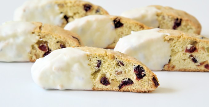 Cranberry Walnut Cantuccini
