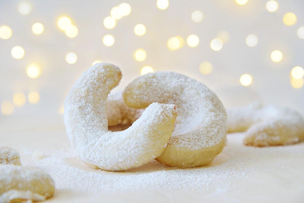 Vanillekipferl Vanilla Almond Christmas Cookies