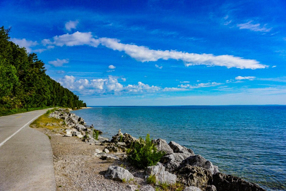Mackinac Island Travel Guide - Bike Ride Path