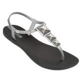 Ipanema Women's Maya Thong Sandal