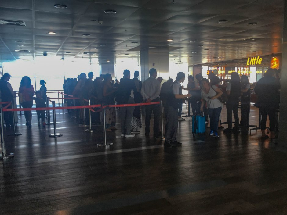 Turkish Airlines Electronics Ban Line
