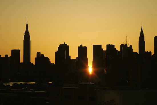 manhattanhenge_flickr_zonalpony_550